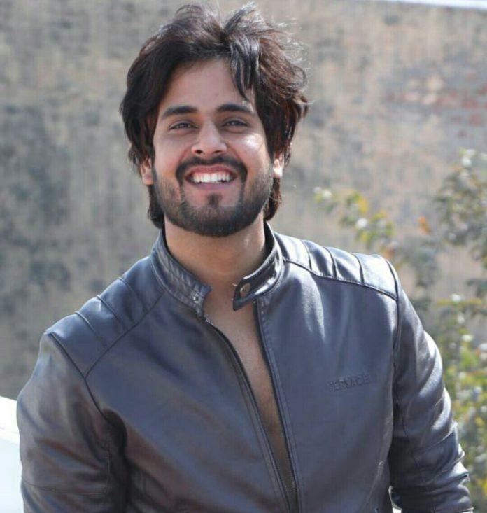 Saurabh Pandit of Faridabad is on YouTube