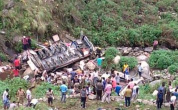 Uttarakhand 48 killed due to fall in ditch, PM and CM expressed condolences