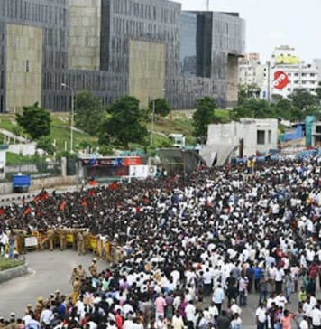 DMK chief Karunanidhi final farewell