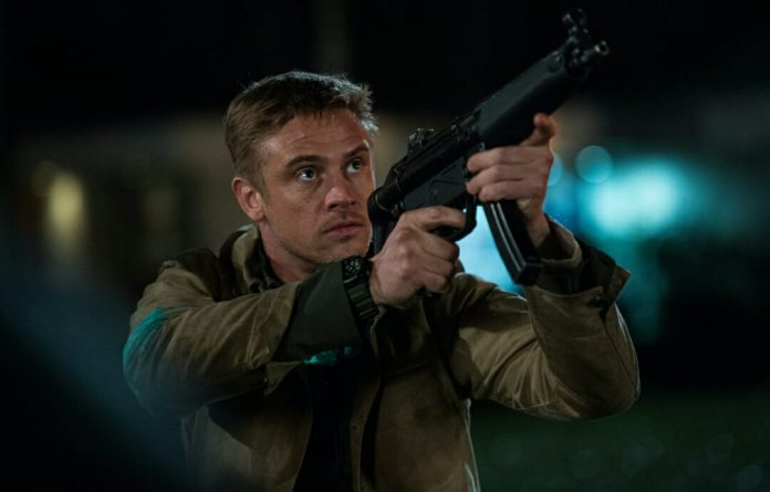 The Predator - Bond Hole Brook, Quinn MC Kenna