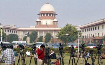 CBI का क्या होगा? आलोक वर्मा की याचिका पर SC आज करेगा सुनवाई