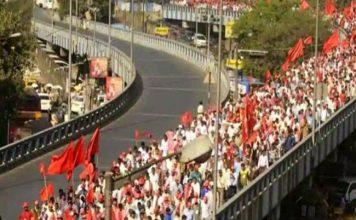 रामलीला मैदान से संसद की ओर बढ़ा किसान मार्च, सरकार मानेगी मांगें