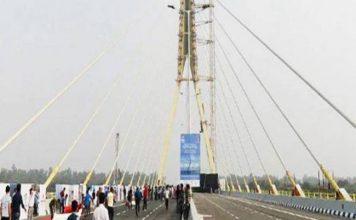 दिल्ली के सिग्नेचर ब्रिज पर एक और हादसा, बाइक सवार की मौत