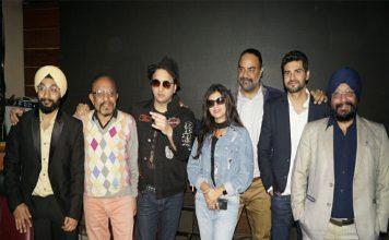 डीजे सुमित सेठी और पंजाबी सिंगर मीत कौर ने अपना नया ट्रैक 'झंझराण' लॉन्च किया