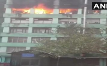 दिल्ली के सीजीओ भवन में भीषण आग, सरकारी दस्तावेजों के जलने की आशंका