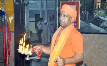 चुनाव आयोग के बैन के बाद CM योगी ने तोड़ा 'मौन' और किया ट्वीट
