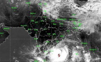 समुद्री तट से सिर्फ 500 किमी. दूर चक्रवात फनी, ओडिशा के 8 लाख लोग विस्थापित