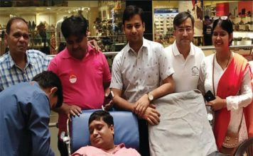 विकास परिषद फरीदाबाद एवं क्राउन इंटीरियर्ज ने आयोजित किया रक्तदान शिविर