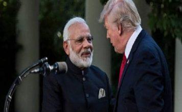 डोनाल्ड ट्रंप ने फिर छेड़ा कश्मीर पर मध्यस्थता का राग, कहा- धर्म की वजह से मामला गंभीर