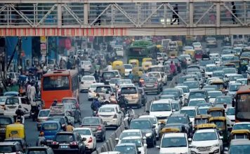 दिल्ली में आज से Odd-Even लागू, घर से निकलने से पहले जान लें दिशा-निर्देश