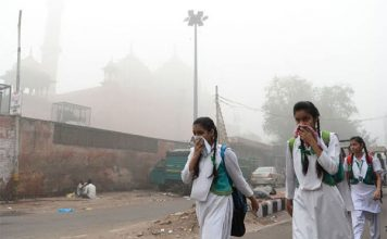 प्रदूषण पर दिल्ली सीएम अरविन्द केजरीवाल ने बुलाई आपात बैठक